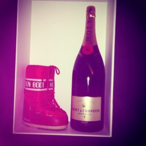 Moonboots & Champagne