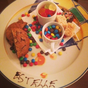 Plate forbidden to anyone over 6! Adults stay away from Estelle's candy plate! Thank you Peninsula :)